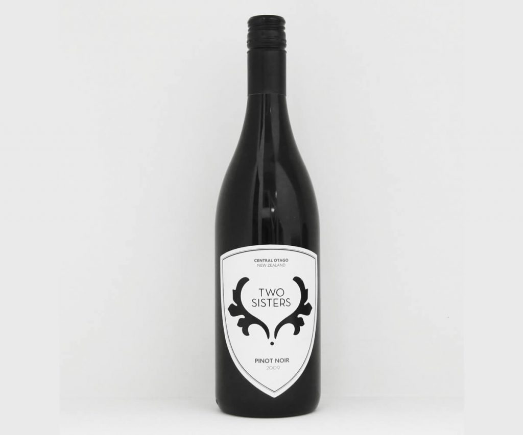 Two Sisters, Pinot Noir 2011 - Review